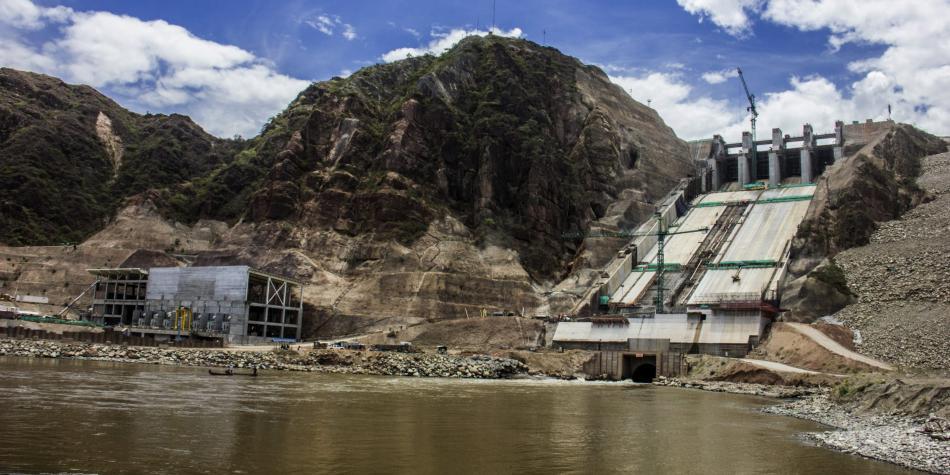 Grafica alusiva a Hidroeléctricas y conflictos socioambientales
