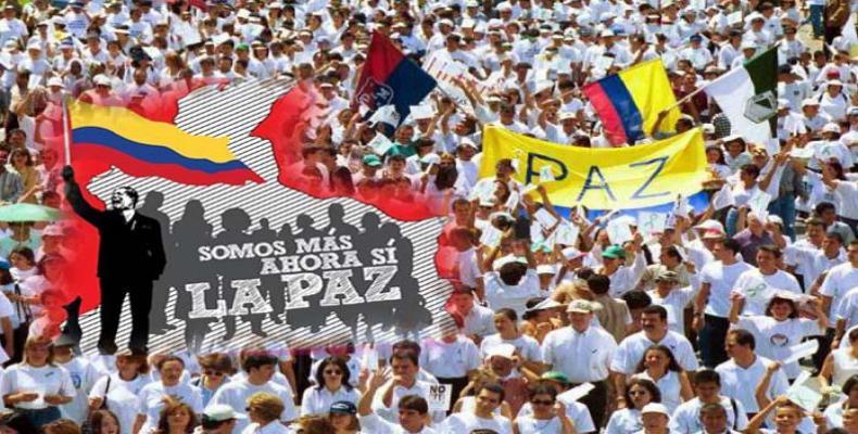 Grafica alusiva a El territorio de la paz es Colombia y su gente